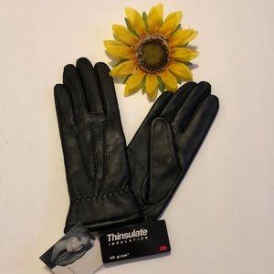 Leather Glove Jaclyn Smith Ladies Size Medium. NWT